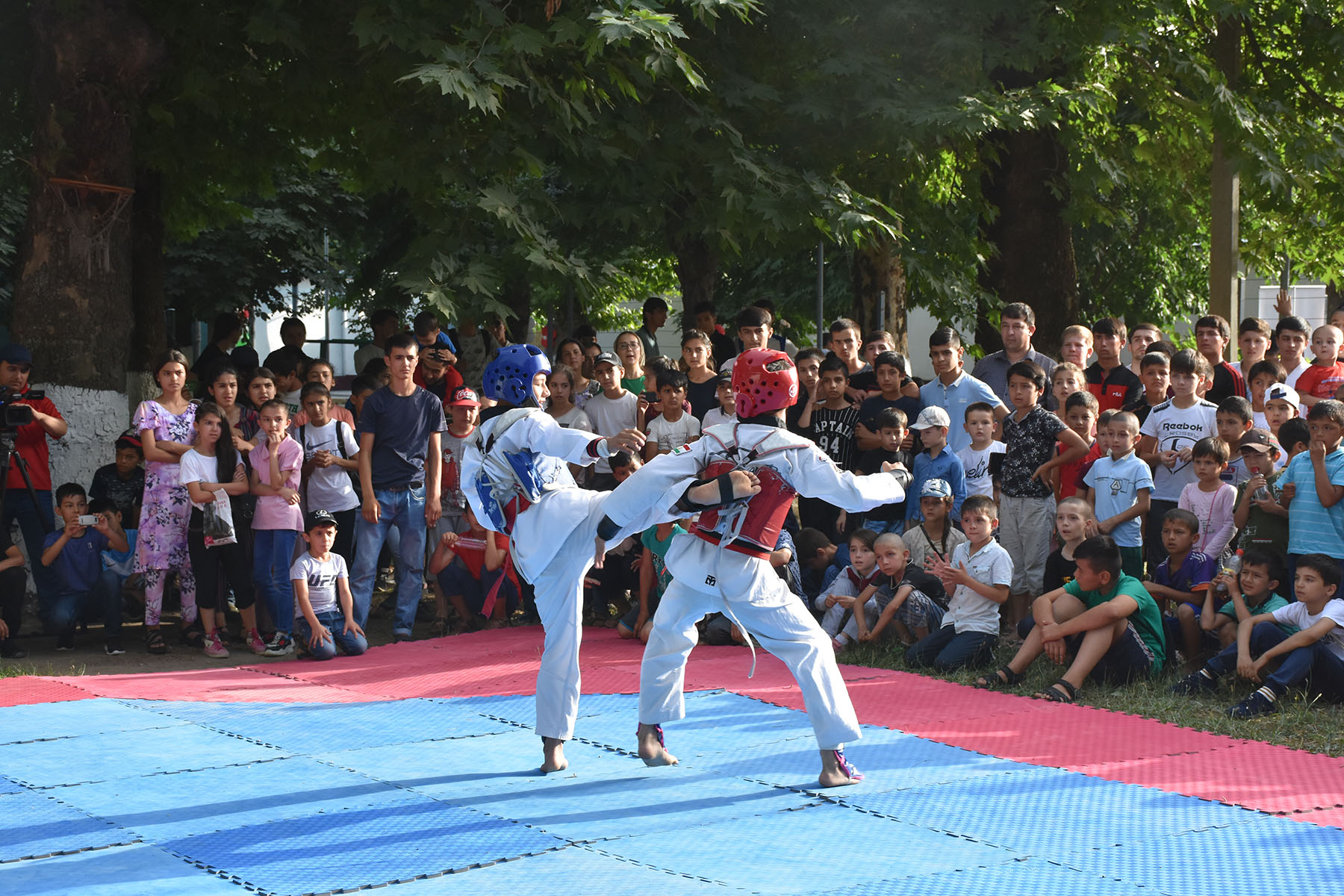 Increase access to sport for youth from in marginalised communities in central Asia