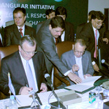 Photo: UNODC: Mr. Fedotov with officials at the Triangular Initiative meeting in Pakistan