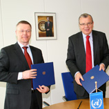 Frontex Executive Director Ilkka Laitinen (left) with UNODC Executive Director Yury Fedotov