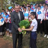 UNODC Executive Director Yury Fedotov with students from the National University of Laos promoting drug prevention