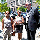 Photo: UNODC/Mr. Fedotov interacts with community members who have benefited from the support of UNIDOS Coalition in Post Avenue, Inwood section of Manhattan