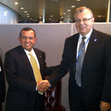 UNODC Executive Director Yury Fedotov (right) meets with the President of Honduras, Porfirio Lobo Sosa on the margins of the 67th session of the General Assembly in New York
