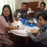 Participants from Myanmar at a UNODC training on field test kits to detect precursor chemicals. Photo: UNODC