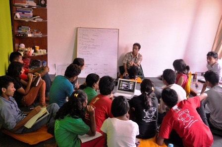 Nepal: Discussing drug abuse in schools - youth centric
