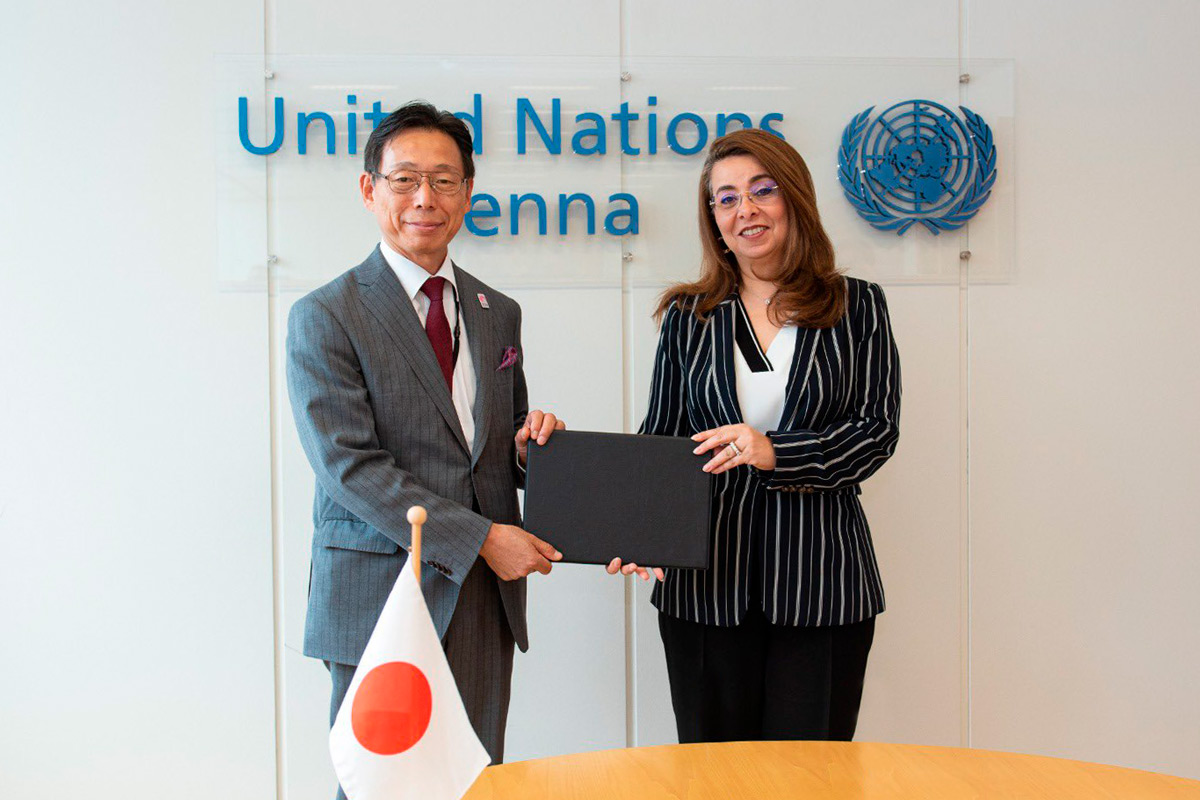 From youth to youth: Drug Abuse Prevention Centre (DAPC) Japan volunteers donate to support UNODC
